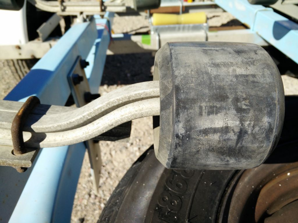 boat-trailer-roller-replacement-old-wobble-roller-close