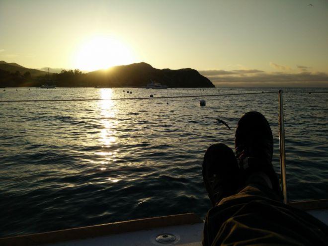 rolly-mooring-emerald-bay-feet-into-sunset