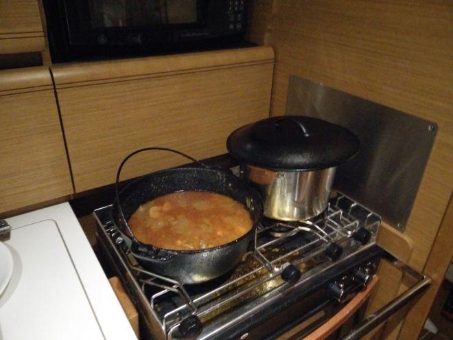 cast-iron-dinner-beef-stew