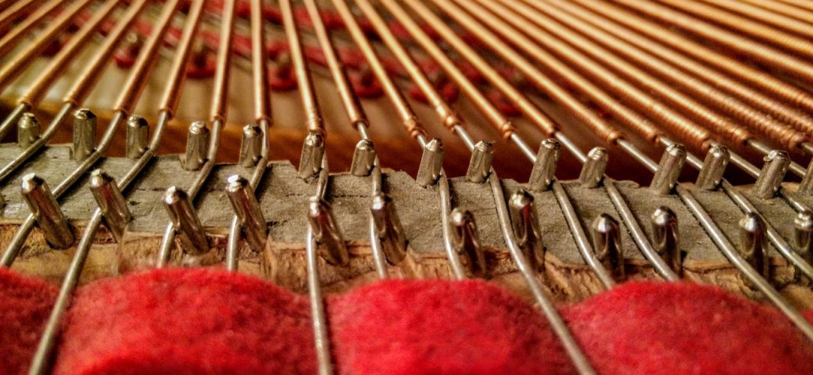 baby-grand-piano-string-pin-blocks-and-felt